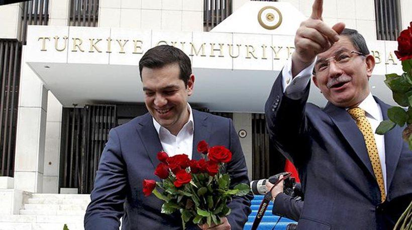 τουρκικα «συνορα τησ καρδιασ» και ελληνικη «αποικια χρεουσ»