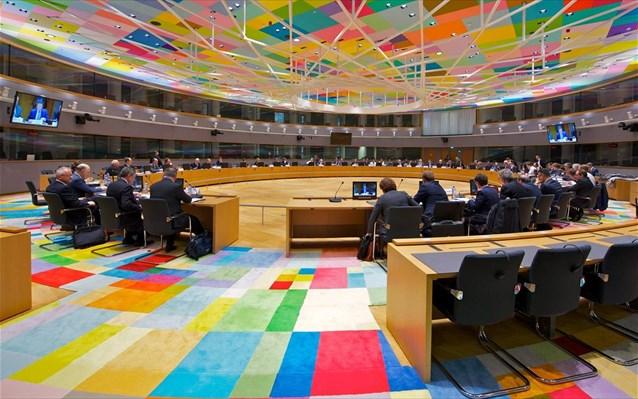 η ελλαδα διχαζει την ευρωζωνη