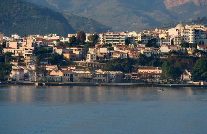 αιγιο: απο τουρκικοσ μαχαλασ συγχρονη πολη