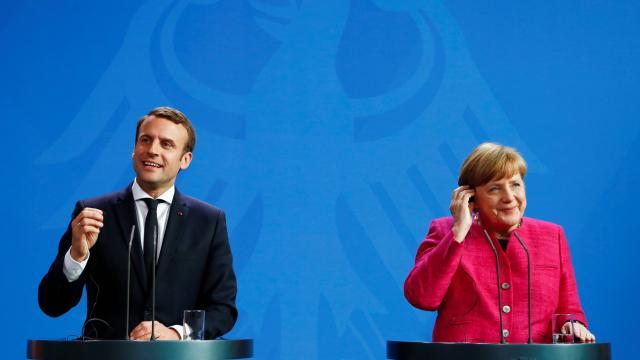 η διπλη στρατηγικη μακρον για το ευρωπαϊκο ζητημα