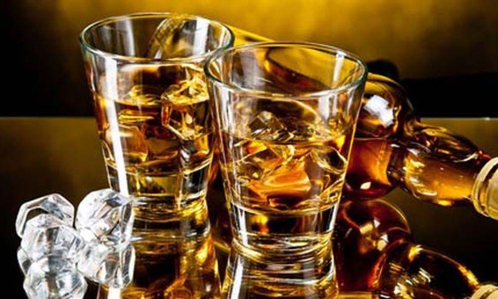 ποτα μπομπεσ: το λαθρεμποριο στο αλκοολ
