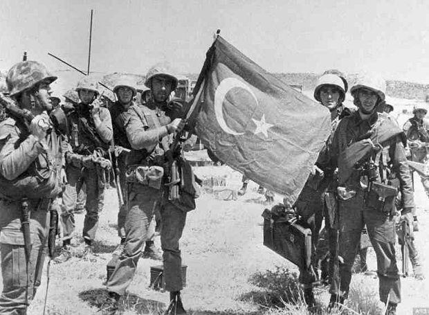ποτε η τουρκια επιτιθεται στην ελλαδα
