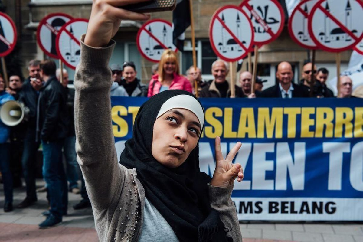 Με στόχο το 2030 οι Βρυξέλλες –έδρα της ΕΕ και του ΝΑΤΟ– να είναι η πρώτη ισλαμική πόλη της Ευρώπης, το ακραίο ισλαμικό κόμμα ISLAM στο Βέλγιο κατέθεσε πρόσφατα και το ανάλογο «φιλόδοξο» πρόγραμμά του! new deal Αθανάσιος Παπανδρόπουλος