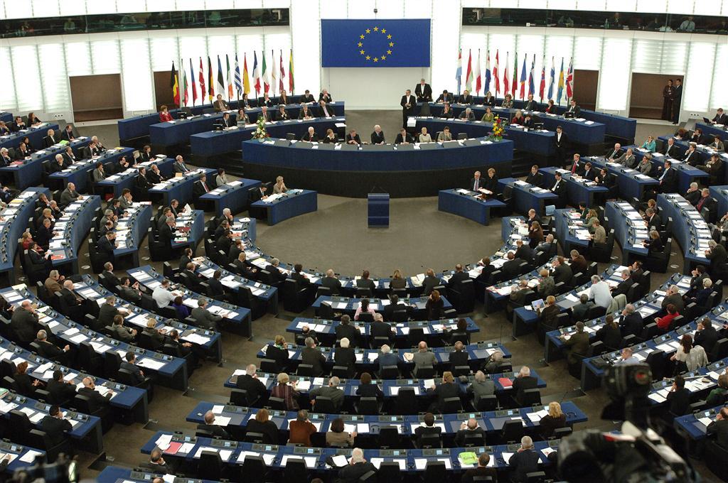 Η ΕΕ προτείνει το προϋπολογισμό της 2021-2027 και στοχεύει κυρίως στη καινοτομία και στην έρευνα. Οι περισσότεροι ευρωβουλευτές εξέφρασαν την ικανοποίησή τους για το σχέδιο της Ευρωπαϊκής Επιτροπής να αυξήσει τις εθνικές συνεισφορές στο 1,11% του ΑΕΕ και να εισαγάγει νέες πηγές εσόδων. new deal Κωνσταντίνος Μαργαρίτης