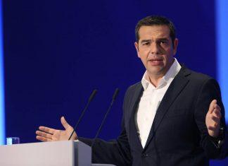 Ο Κώστας Αγγελάκης συγκρίνει την παρουσία που είχαν στην ΔΕΘ ο Αλέξης Τσίπρας και Κυριάκος Μητσοτάκης και καταλήγει στο συμπέρασμα ότι ο πρωθυπουργός και ο αρχηγός της αξιωματικής αντιπολίτευσης αντιπροσωπεύουν δυο διαφορετικούς κόσμους. new deal