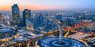 Ο Κωνσταντίνος Μαργαρίτης βλέπει στο Καζακστάν το νέο πρότυπο ανάπτυξης μιας χώρας που έχει σαν αποτέλεσμα την ευημερία των πολιτών. Το κλειδί της αλλαγής είναι οι μεταρρυθμίσεις που προωθεί ο πρόεδρος Νουρσουλτάν Ναζαρμπάγιεφ. new deal