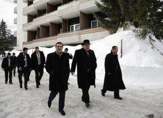 Ο Πάνος Μαυρίδης εκτιμά ότι η παραίτηση Κοτζιά σηματοδοτεί πρόωρες εκλογές στην Ελλάδα. Γιατί επιβεβαιώνει ότι στα Σκόπια η συμφωνία Πρεσπών πέθανε. Και αν ο θάνατος της επιβεβαιωθεί και τυπικά με πρόωρες εκλογές και ήττα του Ζόραν Ζάεφ, ο Αλέξης Τσίπρας δεν θα είναι πλέον χρήσιμος στους Αμερικάνους.new deal