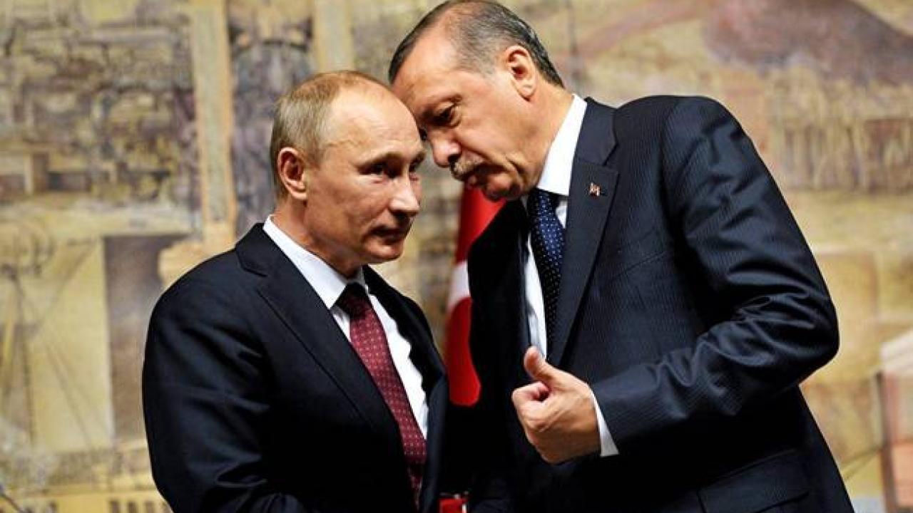 Ο Θανάσης Κ. αποδομεί το επιχείρημα της δήθεν χρησιμότητας που έχει η Τουρκία για το ΝΑΤΟ και τις ΗΠΑ. Κάτι τέτοιο μπορεί να συνέβαινε κατά το παρελθόν, πλην όμως σήμερα οι γεωπολιτικές συνθήκες έχουν αλλάξει με την προσέγγιση Ρωσίας - ΗΠΑ. new deal