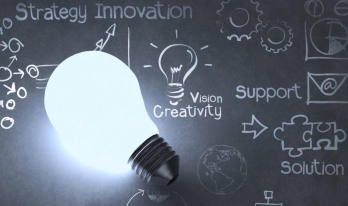 Ο Ηλίας Καραβόλιας θέτει το φιλοσοφικό ερώτημα: Αν η καινοτομία γεννιέται ή γίνεται. Και ποια τα ποια ποιοτικά χαρακτηριστικά έχουν προσδεθεί στην μαγική έννοια της, η οποία φαίνεται να είναι η κινητήριος δύναμη στην 4η βιομηχανική επανάσταση. new deal