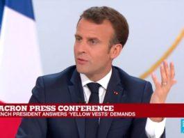 Ο Αθανάσιος Παπανδρόπουλος παρακολούθησε την πρόσφατη μεγάλη συνέντευξη του Εμμανουέλ Μακρόν, ο οποίος μεταξύ άλλων δήλωσε πωςδεν ανήλθε στην εξουσία για να χαϊδεύει τα αυτιά των Γάλλων. Αλλά για να κάνει μεταρρυθμίσεις που θα ξανακάνουν μεγάλη τη Γαλλία σε μια ισχυρή Ευρώπη και όχι μόνον. new deal