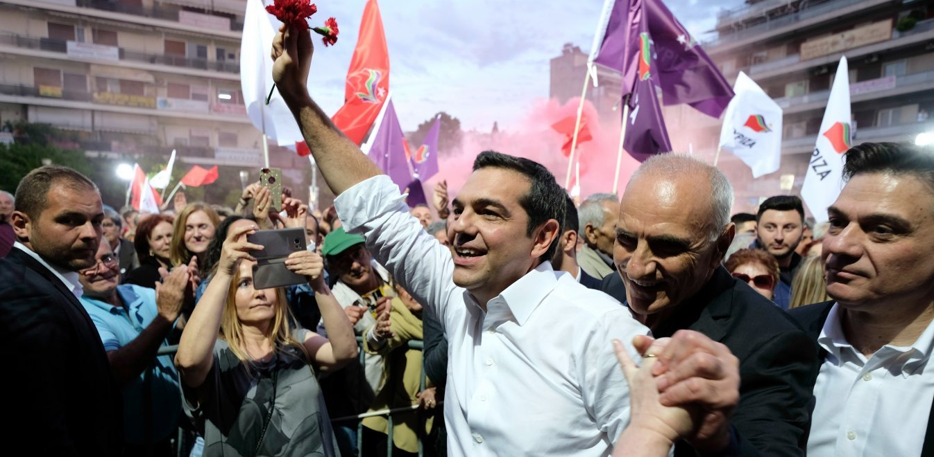 Ο Λάμπρος Ροϊλός επιχειρηματολογεί επί του συνθήματος του κ. Τσίπρα ότι η πολιτική του αποβλέπει στους πολλούς, και πόσο λάθος και διχαστική είναι αυτή η τοποθέτηση. new deal