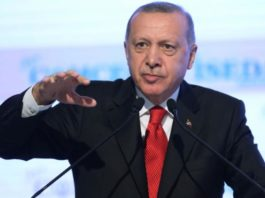 Ο Θανάσης Κ. προειδοποιεί ότι η διαρκής ενημέρωση για τον κορωνοϊό είναι χρηστική και απαραίτητη, πλην όμως υπάρχει και η Τουρκία και η επιθετικότητα Ερντογάν, την οποία δεν πρέπει να παραβλέπουμε, ούτε να ξεχνάμε... new deal